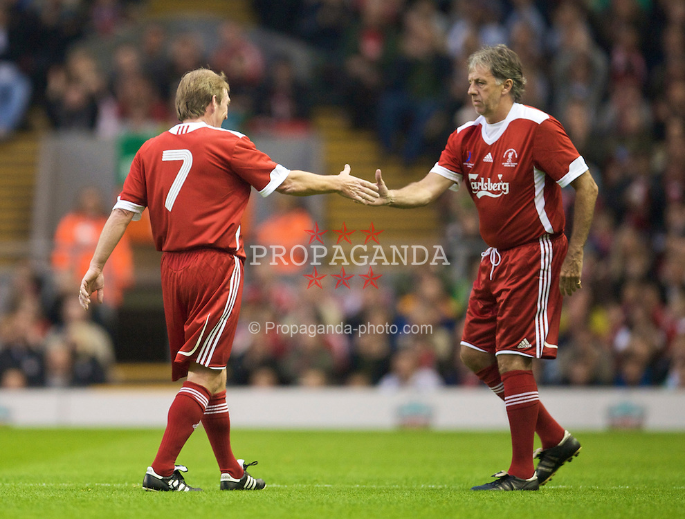 LIVERPOOL, ENGLAND - Thursday, May 14, 2009: Liverpool Legends' player/manager Kenny Dalglish and Mark Lawrenson during the Hillsborough Memorial Charity Game at Anfield. (Photo by David Rawcliffe/Propaganda)