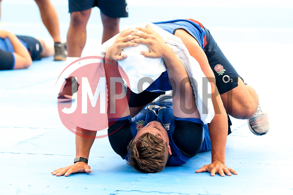 Jack Singleton and Ben Moon of England train in the gym at Clifton College - Mandatory by-line: Robbie Stephenson/JMP - 15/07/2019 - RUGBY - England - England training session ahead of Rugby World Cup