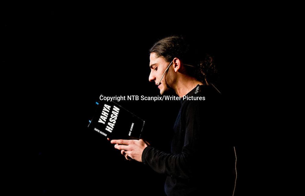 Oslo  20140221.<br /> Den danske dikteren Yahya Hassan leser opp dikt under Morsm&Acirc;lsdagen 2014 p&Acirc; Litteraturhuset i Oslo fredag ettermiddag.<br /> Foto: Vegard Gr&macr;tt / NTB scanpix<br /> <br /> NTB Scanpix/Writer Pictures<br /> <br /> WORLD RIGHTS, DIRECT SALES ONLY, NO AGENCY