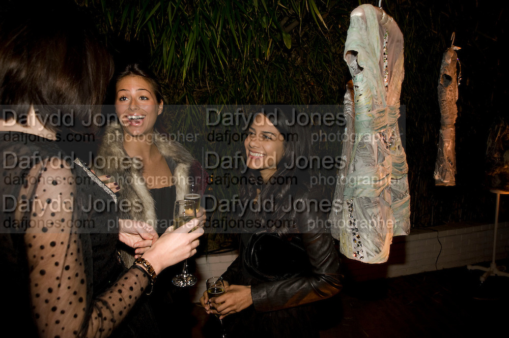 TANIA GILL; SASKIA BOXFORD; ALVINA PATEL. Rodarte Poolside party to show their latest collection. Hosted by Kate and Laura Muleavy, Alex de Betak and Katherine Ross.  Chateau Marmont. West  Sunset  Boulevard. Los Angeles. 21 February 2009 *** Local Caption *** -DO NOT ARCHIVE -Copyright Photograph by Dafydd Jones. 248 Clapham Rd. London SW9 0PZ. Tel 0207 820 0771. www.dafjones.com<br /> TANIA GILL; SASKIA BOXFORD; ALVINA PATEL. Rodarte Poolside party to show their latest collection. Hosted by Kate and Laura Muleavy, Alex de Betak and Katherine Ross.  Chateau Marmont. West  Sunset  Boulevard. Los Angeles. 21 February 2009
