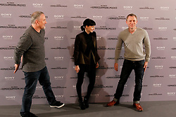 """04.01.2012, Villamagna Hotel, Madrid, ESP, Fototermin Filmpremiere, Verblendung, im Bild Actor Daniel Craig, actreess Rooney Mara and director David Fincher attend (Los Hombres Que No Amaban A Las Mujeres) // during photocall for the movie """"The Girl With The Dragon Tatoo"""" at Hotel Villamagna, Madrid, Spain on 2012/01/04. EXPA Pictures © 2012, PhotoCredit: EXPA/ Alterphotos/ Alfaqui/ Miguel Cordoba..***** ATTENTION - OUT OF ESP and SUI *****"""