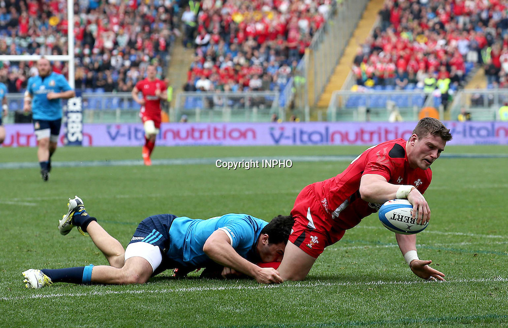 RBS 6 Nations Championship, Stadio Olimpico, Rome, Italy 21/3/2015<br /> Italy vs Wales <br /> Wales' Scott Williams scores their eighth try of the game<br /> Mandatory Credit &copy;INPHO/Ryan Byrne