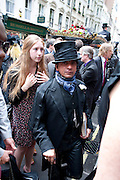 ROBIN DUTT, Sebastian Horsley funeral. St. James's church. St. James. London afterwards in the church garden. July 1 2010. -DO NOT ARCHIVE-© Copyright Photograph by Dafydd Jones. 248 Clapham Rd. London SW9 0PZ. Tel 0207 820 0771. www.dafjones.com.