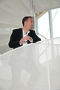 Ordres des architectes, Remise d'une plaque honorifique pour le Prix d'excellence en architecture 2009  -  Complexe sportif du Collège de l'Assomption / L'Assomption,  / Canada / 2009-09-15, Renaud Kasma / adecom.ca