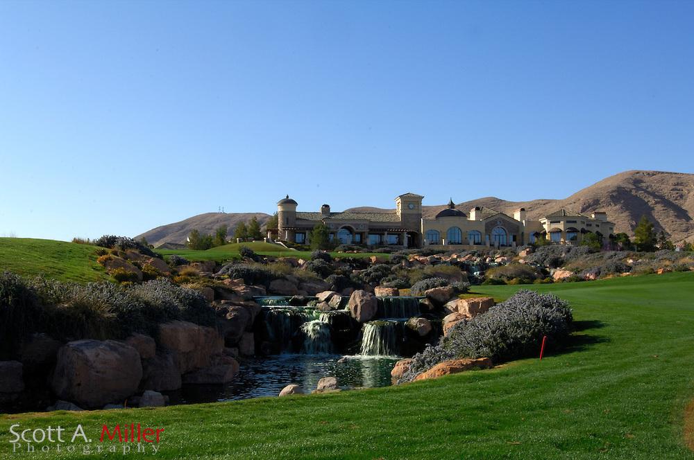 Southern Highlands Golf Club Hole No. 18..                ©2006 Scott A. Miller