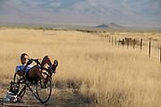 Yasmin Tredell is bezig met de warming up voor de kwalificaties op maandagmorgen. In Battle Mountain (Nevada) wordt ieder jaar de World Human Powered Speed Challenge gehouden. Tijdens deze wedstrijd wordt geprobeerd zo hard mogelijk te fietsen op pure menskracht. De deelnemers bestaan zowel uit teams van universiteiten als uit hobbyisten. Met de gestroomlijnde fietsen willen ze laten zien wat mogelijk is met menskracht.<br /> <br /> The qualification at Monday morning. In Battle Mountain (Nevada) each year the World Human Powered Speed ??Challenge is held. During this race they try to ride on pure manpower as hard as possible.The participants consist of both teams from universities and from hobbyists. With the sleek bikes they want to show what is possible with human power.