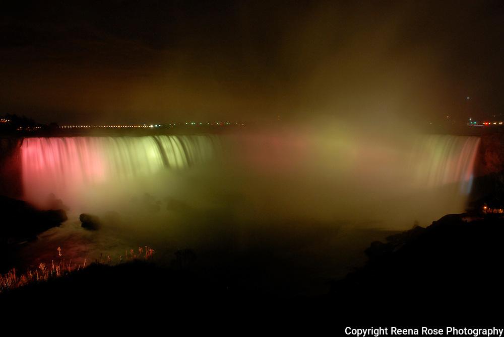Horseshoe Falls at Night<br /> Niagara Falls, NY