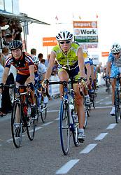 29-08-2005 WIELRENNEN: HOLLAND LADIES TOUR 2005: SCHEVENINGEN<br /> SENFF, Theresa - Van Bemmelen-AA Drink<br /> &copy;2005-WWW.FOTOHOOGENDOORN.NL