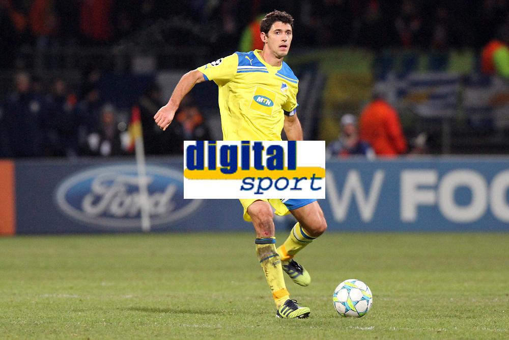 FOOTBALL - UEFA CHAMPIONS LEAGUE 2011/2012 - 1/8 FINAL - 1ST LEG - OLYMPIQUE LYONNAIS v APOEL FC - 14/02/2012 - PHOTO EDDY LEMAISTRE / DPPI - HELIO PINTO (APOEL)
