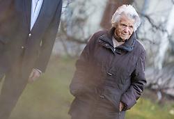 14.03.2018, Innsbruck, AUT, Elsa Roilo, Interviewtermin mit der 102 jährigen Zeitzeugin, im Bild Elsa Roilo in ihrem Garten // during an interview with the 102 year old woman in Innsbruck, Austria on 2018/03/14. EXPA Pictures © 2018, PhotoCredit: EXPA/ Jakob Gruber