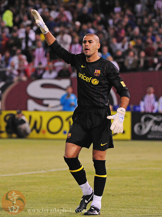 August 8, 2009; San Francisco, CA, USA; FC Barcelona goalkeeper Victor Valdez instructs his team during the second half against Chivas de Guadalajara in the Night of Champions international friendly contest at Candlestick Park. The game ended in a 1-1 tie.