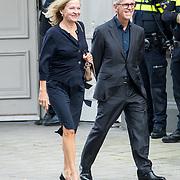 NLD/Amsterdam/20171014 - Besloten  herdenkingsdienst overleden burgemeester Eberhard van der Laan, Derk Sauer en partner Ellen Verbeek