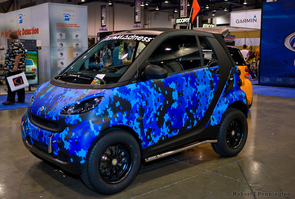Smart Car Madness at SEMA 2009 Las Vegas Nevada. Cusomized Smart Cars.