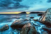 Blurred sea, jyst after sunset | Slørete sjø, rett etter solnedgang.