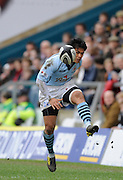 Wycombe, GREAT BRITAIN,  Bristols David LEMI, chips forward, during the Guinness Premiership match, London Wasps vs Bristol Rugby, played at the Adams Park Stadium, on Sat. 23rd Feb 2008.  [Mandatory Credit, Peter Spurrier/Intersport-images]