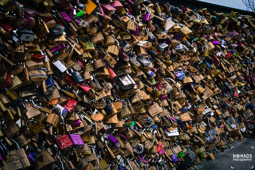 In May 2010 the city of Paris expressed concern over the growing number of love-locks on the Pont des Arts, Passerelle L&eacute;opold-S&eacute;dar-Senghor and the Pont de l'Archev&ecirc;ch&eacute; bridges, stating: &quot;they raise problems for the preservation of our architectural heritage&quot;. <br />