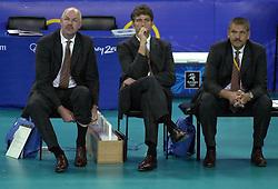 19-09-2000 AUS: Olympic Games Volleybal Nederland - Australie, Sydney<br /> Nederland wint vrij eenvoudig van Australie met 3-0 / Toon Gerbrands, Wim Koch en Ton Langenhorst