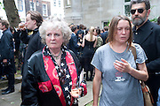 MAGGI HAMBLING; SARA LUCAS; OSCAR GRAVES-JOHNSTONE, Sebastian Horsley funeral. St. James's church. St. James. London afterwards in the church garden. July 1 2010. -DO NOT ARCHIVE-© Copyright Photograph by Dafydd Jones. 248 Clapham Rd. London SW9 0PZ. Tel 0207 820 0771. www.dafjones.com.