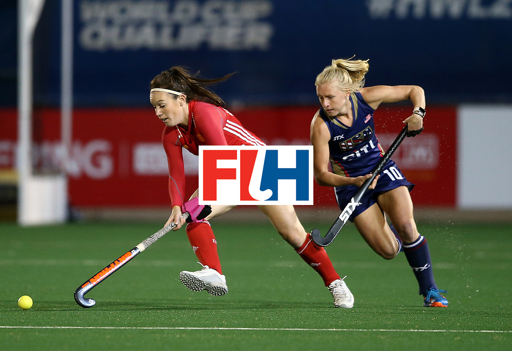 JOHANNESBURG, SOUTH AFRICA - JULY 20:  Laura Unsworth of England battles with Jill Witmer of United States of America during day 7 of the FIH Hockey World League Women's Semi Finals semi final match between England and United Staes of America at Wits University on July 20, 2017 in Johannesburg, South Africa.  (Photo by Jan Kruger/Getty Images for FIH)