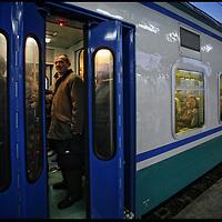 stazione di Chivasso, pendolari sulla tratta ferroviaria Chivasso Torino