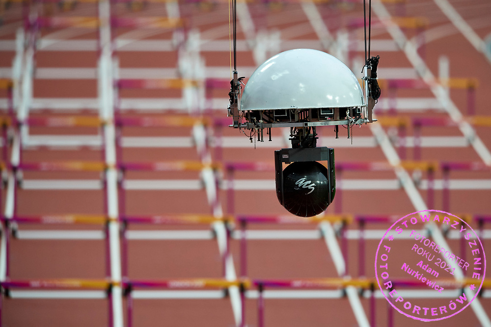 Great Britain, London - 2017 August 11: TV Fly camera during IAAF World Championships London 2017 Day 8 at London Stadium on August 11, 2017 in London, Great Britain.<br /> <br /> Mandatory credit:<br /> Photo by &copy; Adam Nurkiewicz<br /> <br /> Adam Nurkiewicz declares that he has no rights to the image of people at the photographs of his authorship.<br /> <br /> Picture also available in RAW (NEF) or TIFF format on special request.<br /> <br /> Any editorial, commercial or promotional use requires written permission from the author of image.