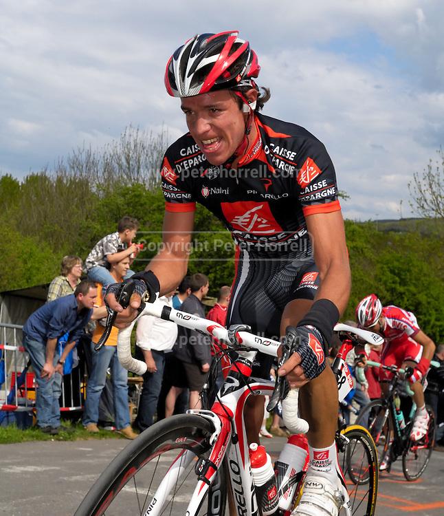 Belgium, Liege - Sunday, April 26, 2009: Rigoberto Uran (Caisse d'Epargne) climbs the Côte de la Redoute during the Liege Bastogne Liege cycle race.(Image by Peter Horrell / http://peterhorrell.com)