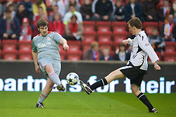LIVERPOOL, ENGLAND - Thursday, May 14, 2009: Liverpool Echo's Dominic King and Radio City's Steve Hothersall during a match before the Hillsborough Memorial Charity Game at Anfield. (Photo by David Rawcliffe/Propaganda)