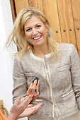 Prinses Maxima opent Archeologiehuis Zuid-Holland