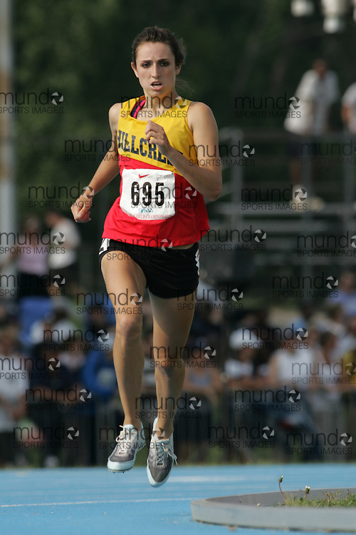 Danelle Woods competing in the senior girls 1500m final at the 2007 OFSAA Ontario High School Track and Field Championships in Ottawa.