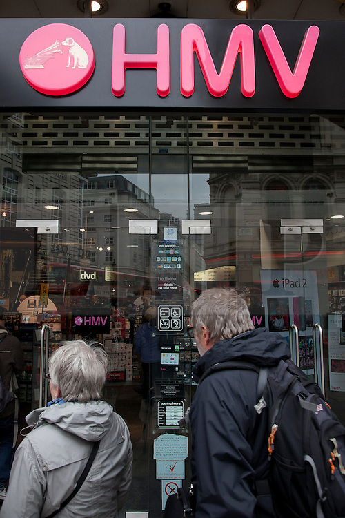 © under license to London News Pictures. 30/06/11. Ailing retailer HMV today revealed the details of a painful year in which bottom-line profits slumped to £2.6 million.FILE PICTURE DATED 05/04/11. Credit should read Matt Cetti-Roberts/LNP