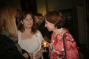 Alexandra Shulman and Sarah Sands, Book launch of 'A Much Married Man' by Nicholas Coleridge. English Speaking Union. London. 4 May 2006. ONE TIME USE ONLY - DO NOT ARCHIVE  © Copyright Photograph by Dafydd Jones 66 Stockwell Park Rd. London SW9 0DA Tel 020 7733 0108 www.dafjones.com
