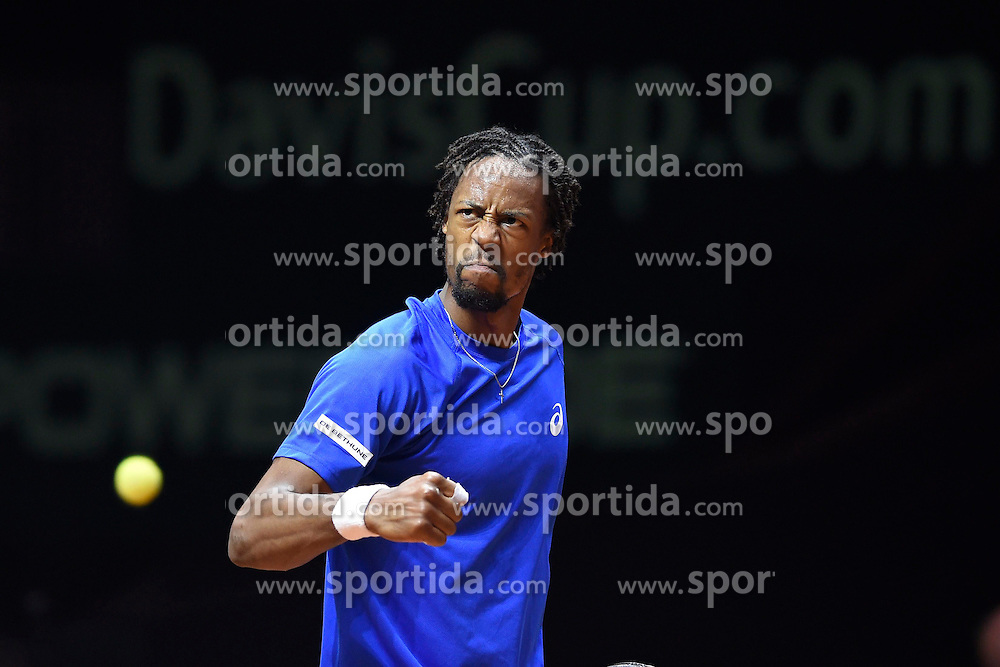 21.11.2014, Stade Pierre Mauroy, Lille, FRA, Davis Cup Finale, Frankreich vs Schweiz, im Bild Gael Monfils (FRA) // during the Davis Cup Final between France and Switzerland at the Stade Pierre Mauroy in Lille, France on 2014/11/21. EXPA Pictures &copy; 2014, PhotoCredit: EXPA/ Freshfocus/ Valeriano Di Domenico<br /> <br /> *****ATTENTION - for AUT, SLO, CRO, SRB, BIH, MAZ only*****