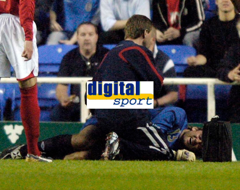 Photo: Richard Lane.<br />England 'B' v Belarus. International Friendly. 25/05/2006. <br />England's Robert Green receives treatement for an injury.