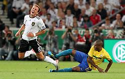 GER, Commerzbank Arena, GER, Stuttgart, FSP, LS, Deutschland (GER) vs Brasilien (BRA), im Bild .. Mario Götze (GER/Borussia Dortmund) gegen Fernando Roza (BRA) // durch the friendly ship between Germany (GER) vs Brasil (BRA) in Commerzbank Arena, Stuttgart, on 2011/08/11 EXPA Pictures © 2011, PhotoCredit: EXPA/ nph/  Hessland       ****** out of GER / CRO  / BEL ******