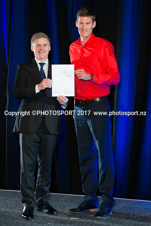 Jonathan Wright with Rt Hon Bill English, 2017 Waikato Prime Minister's Scholarship Certificate Presentation Evening, Claudelands, Hamilton, New Zealand. Thursday 27 April 2017. © Copyright Photo: Stephen Barker / www.photosport.nz
