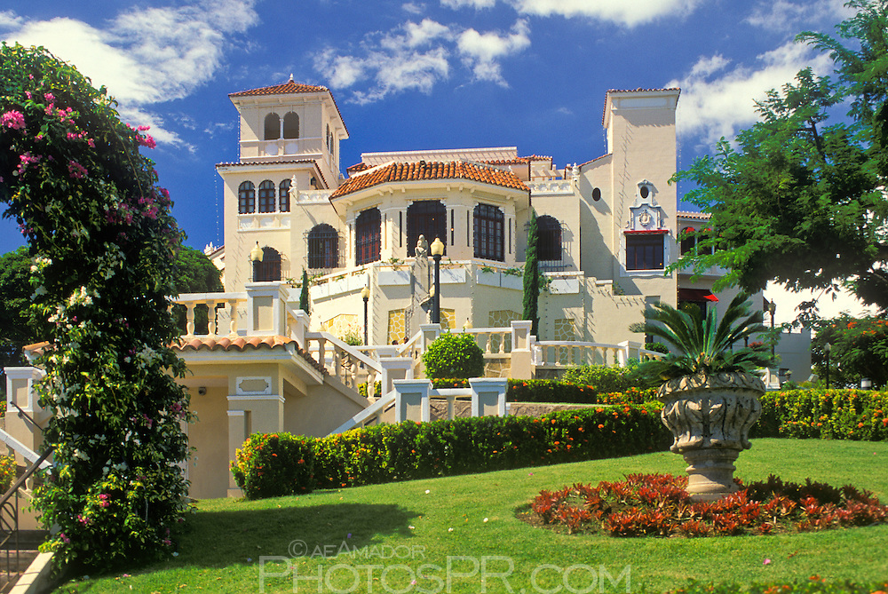 I0000hSqor5uu6Hg on Neoclassical Homes