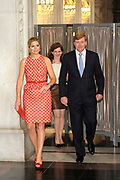 Prins Willem-Alexander en prinses Maxima openen de zomertentoonstelling Koning Lodewijk Napoleon &amp; zijn Paleis op de Dam in het Koninklijk Paleis Amsterdam. ///<br />