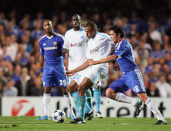 28.09.2010, Stamford Bridge, London, ENG, UEFA Champions League, Chelsea vs Olympique Marseille, im Bild Yuri Zhirkov of Chelsea  and OM's Edouard Cisse  during the Match Chelsea v Marseille, Group F, of  the UCL ( Uefa Champions League Group stages)  at Stamford Bridge in London. EXPA Pictures © 2010, PhotoCredit: EXPA/ IPS/ Marcello Pozzetti +++++ ATTENTION - OUT OF ENGLAND/UK +++++ / SPORTIDA PHOTO AGENCY