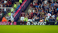 Photo: Leigh Quinnell.<br /> West Bromwich Albion v Arsenal. The Barclays Premiership.<br /> 15/10/2005. West Broms Nwankwo Kanu fires his goal past Arsenal keeper Jens Lehmann.