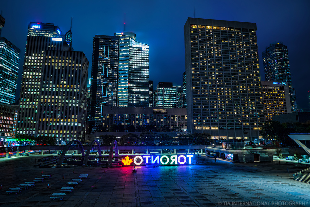 Nathan Phillips Square, Downtown Toronto