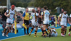 October 9, 2016 - Barnet, England, United Kingdom - Saracens George Kruis  having ago at Tommy Taylor of Wasps RFC during Aviva Premiership match between Saracens and Wasps at Allianz Park on 9th October 2016  in Barnet, England. (Credit Image: © Kieran Galvin/NurPhoto via ZUMA Press)