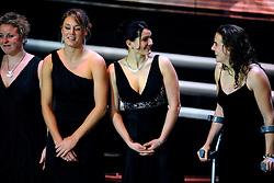 16-12-2008 ALGEMEEN: NOC NSF SPORTGALA: AMSTERDAM<br /> De trofee voor Sportploeg van het Jaar is gewonnen door de waterpolovrouwen met oa Yasemin Smit<br /> ©2008-WWW.FOTOHOOGENDOORN.NL