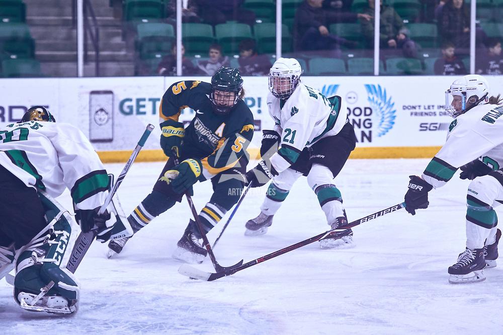 4th year forward, Jaycee Magwood (5) of the Regina Cougars during the Women's Hockey Away Game on Fri Jan 11 at University of Saskatoon. Credit: Arthur Ward/Arthur Images