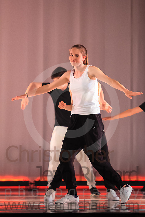 ART: 2015 | Colours of Passion: We've Got The Power | Sunday Afternoon Performance -- Week 1<br /> <br /> Teen Power<br /> <br /> choreography: Jemelle Suyat Navat<br /> 13-16 Jahre<br /> <br /> Students and Instructors of Atelier Rainbow Tanzkunst (http://www.art-kunst.ch/) rehearse on the stage of the Schinzenhof for a series of performances in June, 2015.<br /> <br /> Schinzenhof, Alte Landstrasse 24 8810 Horgen Switzerland