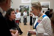 JEANETTE WINTERSON; PRINCESS ALEXANDRA, Royal Academy of Arts Annual dinner. Royal Academy. Piccadilly. London. 1 June <br /> <br />  , -DO NOT ARCHIVE-© Copyright Photograph by Dafydd Jones. 248 Clapham Rd. London SW9 0PZ. Tel 0207 820 0771. www.dafjones.com.