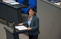 DEU, Deutschland, Germany, Berlin, 02.02.2018: Filiz Polat (Die Grünen) bei einer Rede im Deutschen Bundestag.