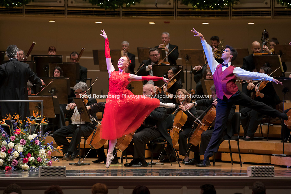 12/30/17 2:46:53 PM -- Chicago, IL, USA<br /> Attila Glatz Concert Productions' &quot;A Salute to Vienna&quot; at Orchestra Hall in Symphony Center. Featuring the Chicago Philharmonic <br /> <br /> &copy; Todd Rosenberg Photography 2017