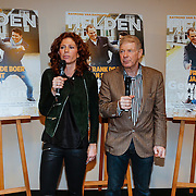 NLD/Volendam/20130208 - Presentatie Helden 17, Barabara Barend en Frits Barend