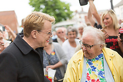 © Licensed to London News Pictures. 1/6/2017 FRODSHAM , CHESHIRE  , UK.  <br /> <br /> Stand-up comedian and actor Eddie Izzard joins Labour Party candidates on the campaign trail today (Thursday 1st June 2017) Pictured on Frodsham Main Street, Frodsham, Cheshire to support Mike Amesbury. Recent polls have shown a narrowing in the gap between Labour and the Conservatives in the run up to the 2017 General Election.<br /> <br /> Photo credit: CHRIS BULL/LNP