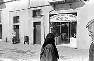 Barcelona, 2001: quartiere arabo<br /> &copy; Andrea Sabbadini